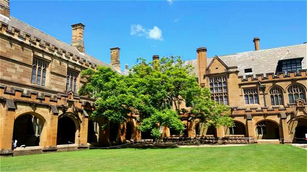 悉尼大學_meitu_1.jpg