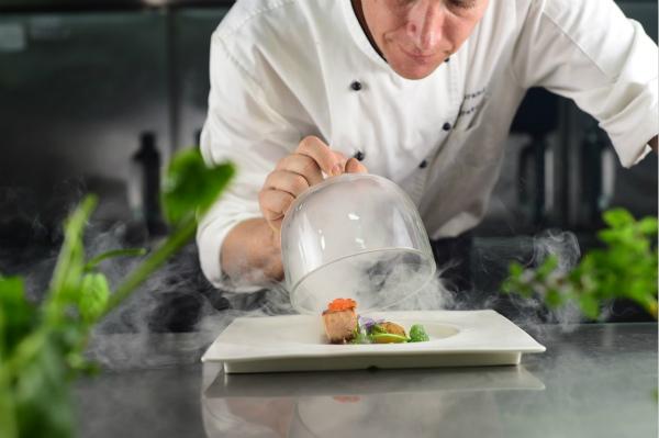 Chef Barend Greyling为kikaboni餐厅设计的全新概念菜_meitu_2.jpg