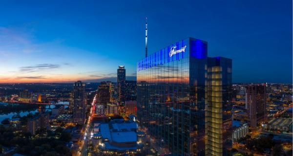 sunset-signage___Fairmont Hotels & Resorts_meitu_1.jpg