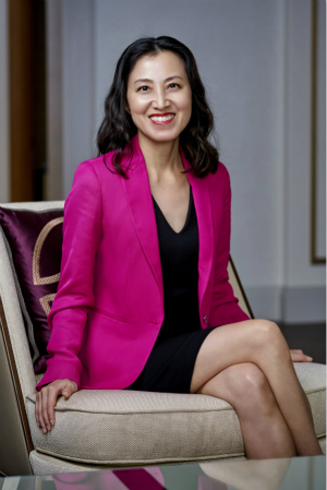 Evelyn Kang, AVP of Sales_1_meitu_2.jpg