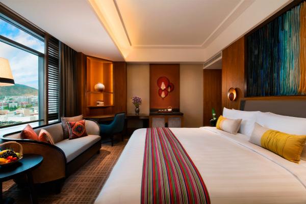 """""""回到香格里拉""""拥抱心驰神往的自然与人文之美 香格里拉大酒店推出客房优惠礼遇 -客房_meitu_1.jpg"""