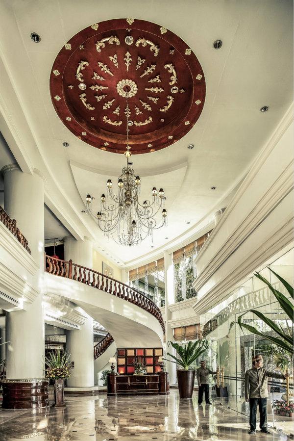 Mercure Mandalay Hill Resort - Lobby_meitu_1.jpg