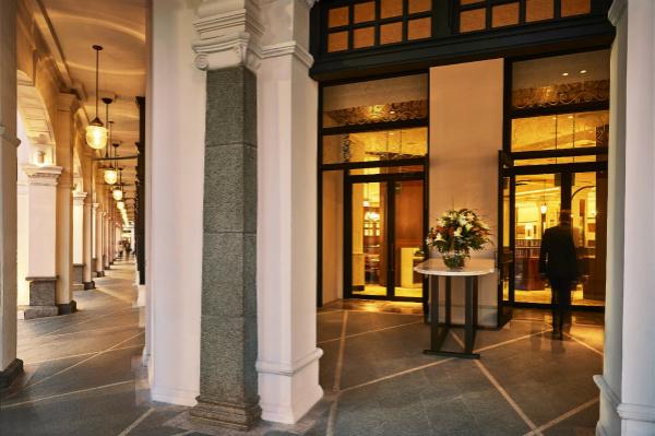 新加坡首都凯宾斯基酒店入口_meitu_3.jpg