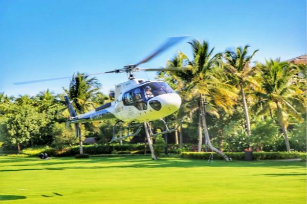 首航直升机十一假期低空旅游共接待游客五千余人_meitu_1.jpg