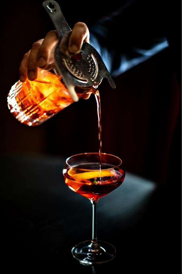 4.拉斯维加斯NoMad酒店_经典曼哈顿鸡尾酒_Benoit_Linero_NoExp_meitu_4.jpg
