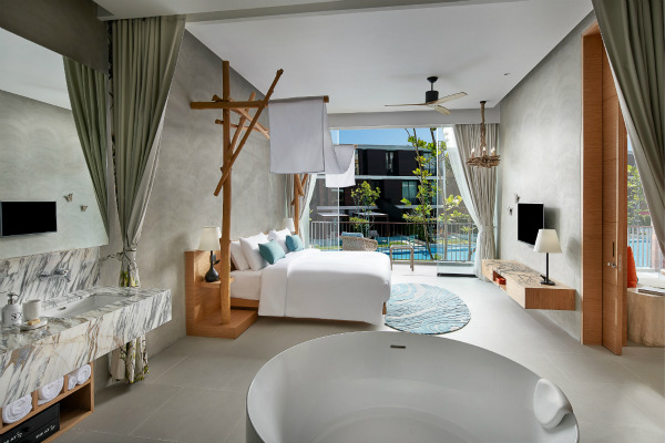 SO Sofitel Hua Hin -  SO Family Suite Living Master Bed room_meitu_1.jpg