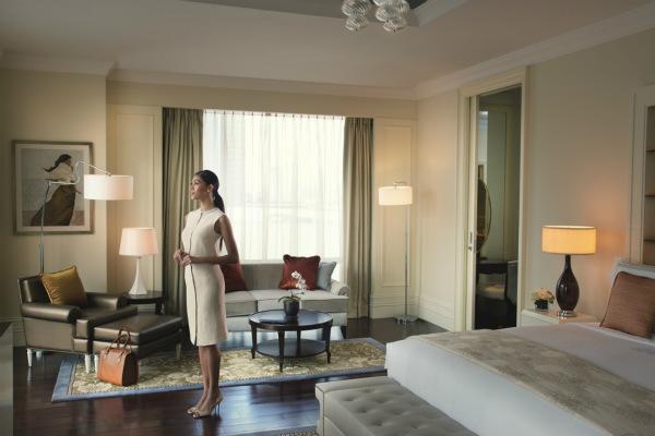 Raffles Makati Presidential Suite Bedroom_meitu_1.jpg