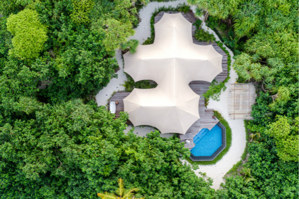 TENTED JUNGLE VILLA - AERIAL SHOT_meitu_1.jpg