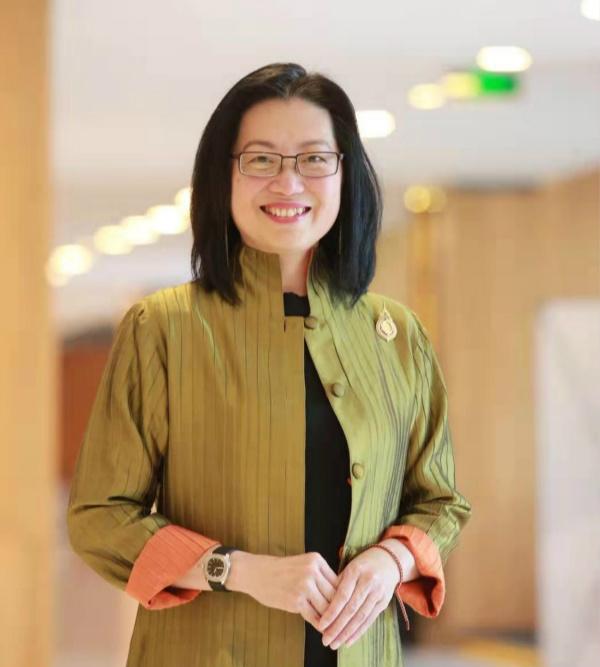 泰國會展局商務部門高級副總裁Nichapa Yoswee女士_meitu_1.jpg