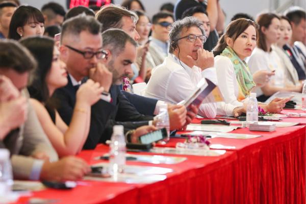 ITB China论坛展现中国旅游业最新趋势与创新1_meitu_1.jpg