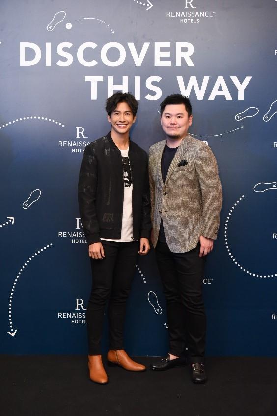 """由左到右:泰国名模、演员兼歌手Push Puttichai与万豪国际集团品牌及市场总监Andy Kong孔乐于曼谷拉查阿帕森万丽酒店举行的""""万丽全球发现日""""庆祝活动上合影"""