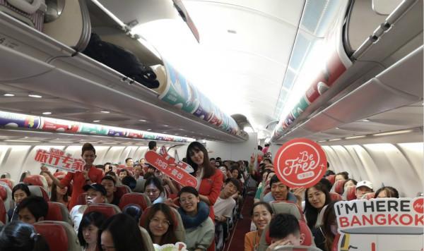 亚洲航空全新沈阳-曼谷直飞航线正式首航_meitu_1.jpg
