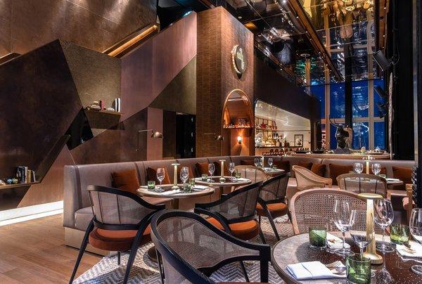泰国最高之一的餐厅和酒吧Mahanakhon Bangkok SkyBar现在开业