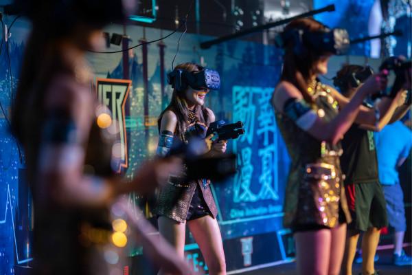 02_电竞爱好者可前往体验区尽享游戏乐趣赢取丰富奖品 HD_meitu_4.jpg