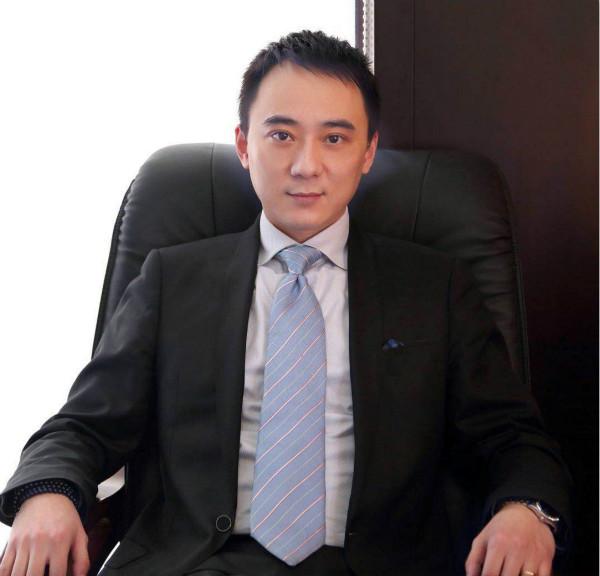 民发瑞际酒店总经理周德甚_meitu_1.jpg