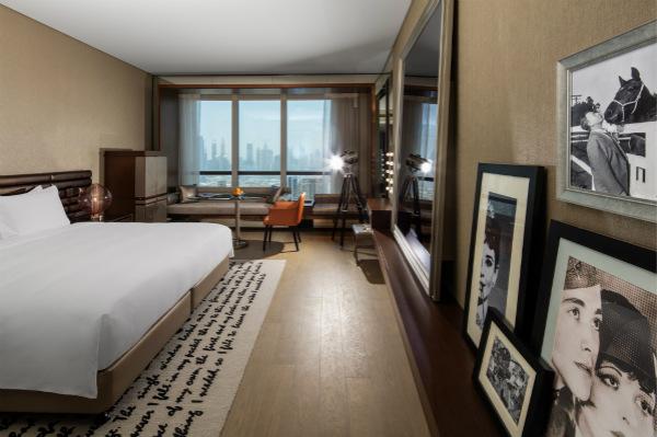 迪拜派拉蒙酒店客房_meitu_2.jpg