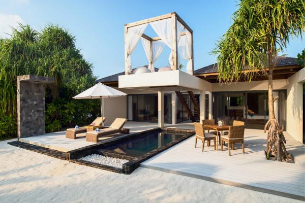 Movenpick Resort Kuredhivaru Maldives-005_meitu_2.jpg