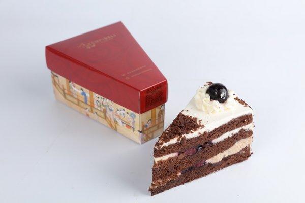 凯宾美食廊明星产品黑森林蛋糕