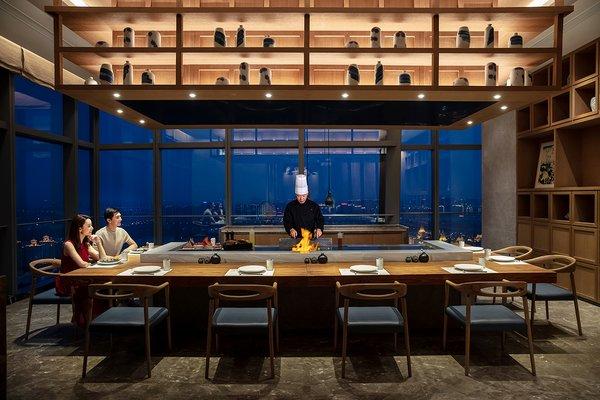 锦日式特色餐厅