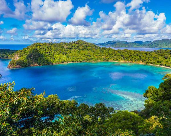 HorseshoeBay_Matangi Island Resort_meitu_1.jpg