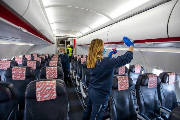 法航機上清潔措施_meitu_3.jpg