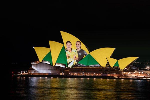 2023年国际足联女足世界杯主办国在悉尼歌剧院公布