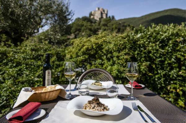 地道的意大利美食、本地葡萄酒和最佳户外景观s_meitu_1.jpg
