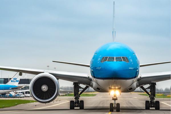 荷航B777客機_meitu_1.jpg