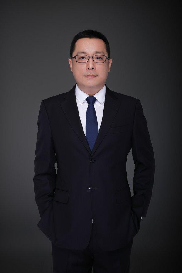 顧蘇鑫 -- 酒店經理