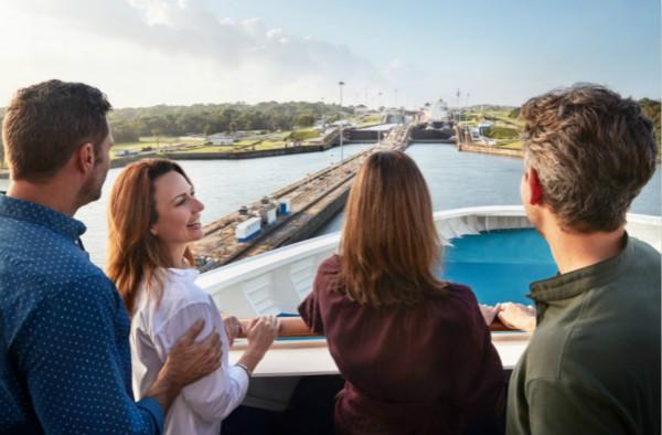 5. 皇冠公主号将首次全程穿越巴拿马运河_meitu_1.jpg