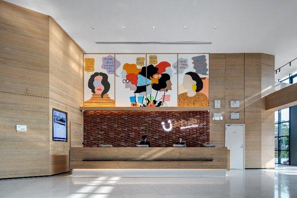 中南置地酒店管理公司旗下金石国际大酒店、格雷斯精选酒店和金石商务酒店多店连续满房,业绩表现不俗。