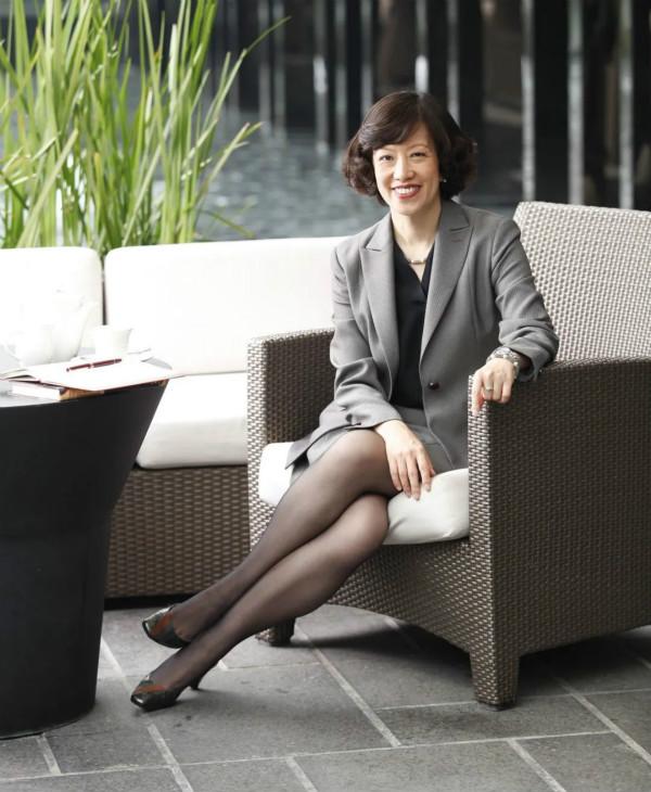 刘慧诗女士出任广州翡翠希尔顿酒店总经理_meitu_1.jpg