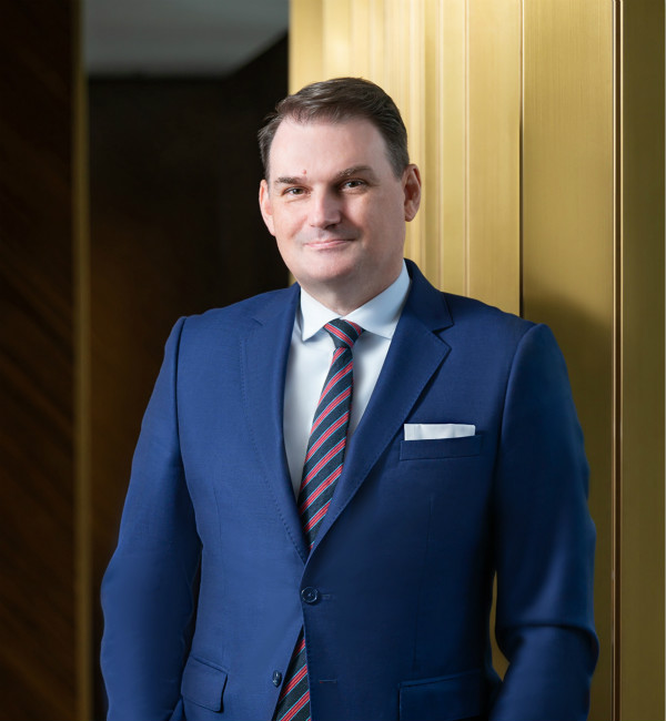 Michael Poutawa, Group Director Restaurants, Bars - Events of Wharf Hotels_meitu_1.jpg