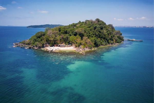 Aerial_view_of_Krabey_Island_[8360-LARGE]_meitu_1.jpg