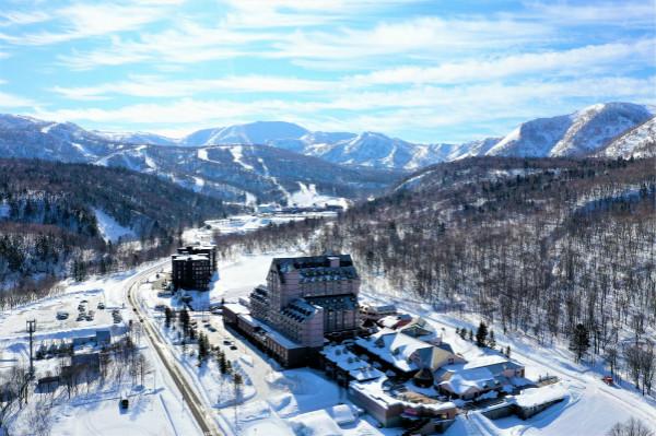 Drone_wholeresortview_winter(1)_meitu_1.jpg
