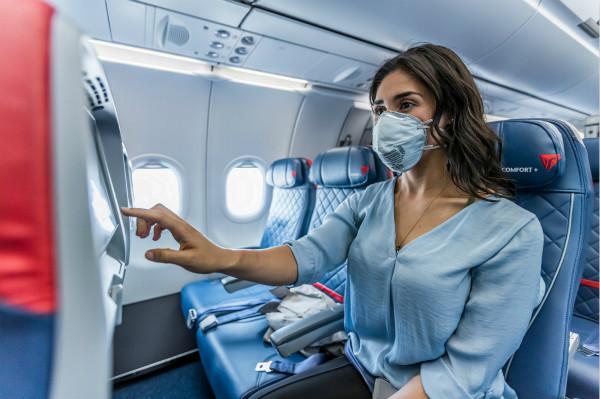 达美航空成为唯一一家继续锁定中间座位并限制客座率的美国航企,延续至明年三月底_meitu_1.jpg