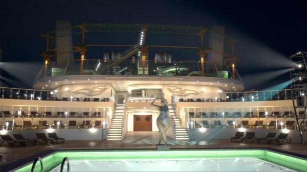 图2:宾客可在MSC地中海华彩号上的泳池区域悦享别样夜色_meitu_2.jpg