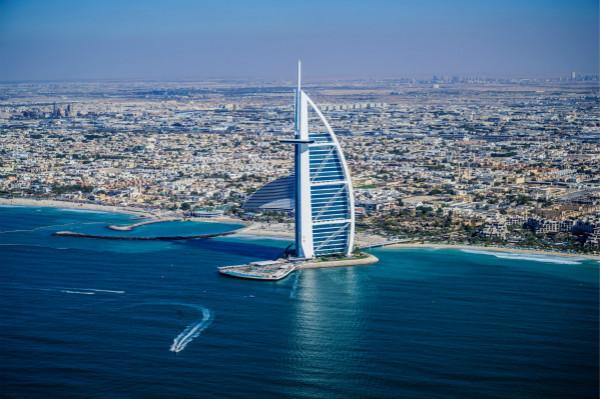 图2:MSC地中海华彩号命名仪式将在迪拜举行_meitu_2.jpg