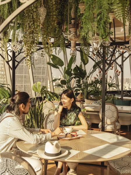 """图3:以""""时光的故事""""为题的设计,在无锡中心万达颐华酒店感受百年繁荣发展史"""