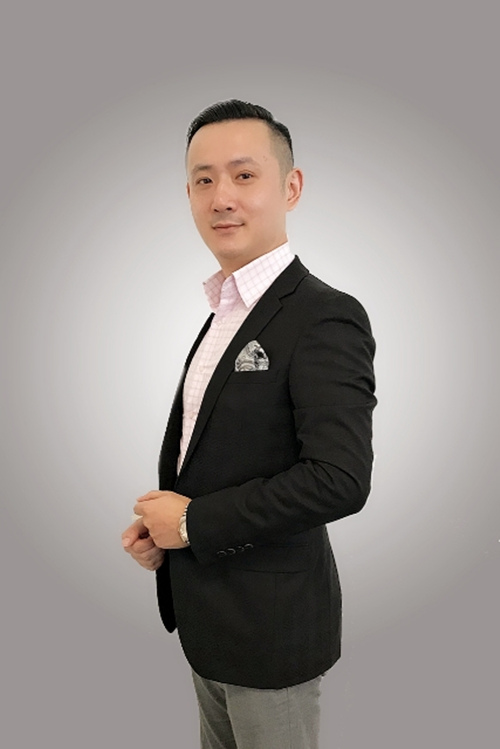 杭州洲际酒店正式宣布任命周晟先生为酒店行政助理总经理2_副本.jpg