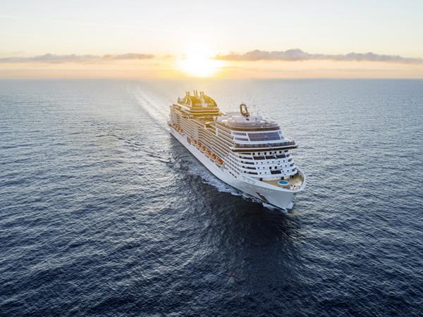 图三:未来旗舰、欧洲最大邮轮MSC地中海华彩号将于2022年进驻中国母港_副本.jpg