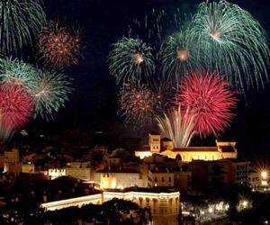 摩纳哥打造世界顶级烟花秀吸引游客造访