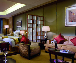 入住深圳星河麗思卡爾頓酒店,邂逅藝術天才畢加索的美學視界