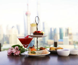 俯瞰兩岸璀璨景致 非常時髦酒吧推出全新露臺下午茶