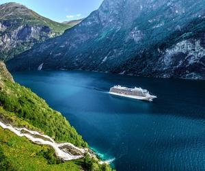"""维京游轮第七艘海轮""""维京金星号""""正式出坞下水,计划2021年首航"""