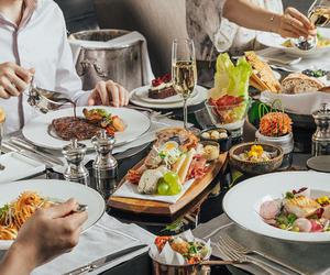 王府半島酒店大堂茶座推出全新周末早午餐