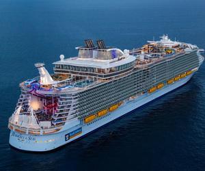 """皇家加勒比国际游轮旗下绿洲系列""""海洋和悦号""""于西班牙顺利启航"""